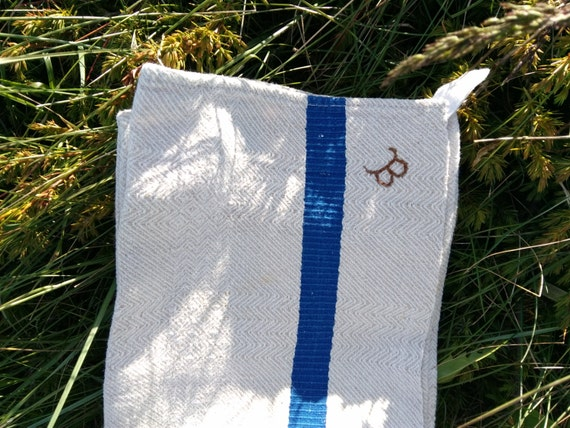 French Dish Cloth Unused Rustic Antique Kitchen Towel Monogrammed Beige Chevron Damask Cotton Blue Line #sophieladydeparis