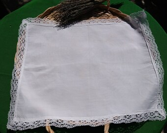 Antique 1930 French White Linen Rectangle Doily Lace Trim French Handmade Table Center #sophieladydeparis