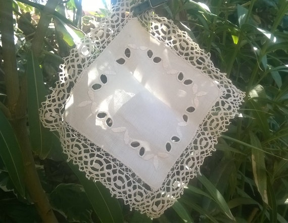 Victorian Doily square linen doily off white French square with cut work and embroideries #sophieladydeparis