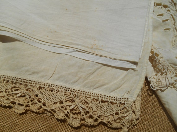 Victorian White Cotton Fabric Lace Trim Long White French 1900's Runner Sewing Projects #sophieladydeparis