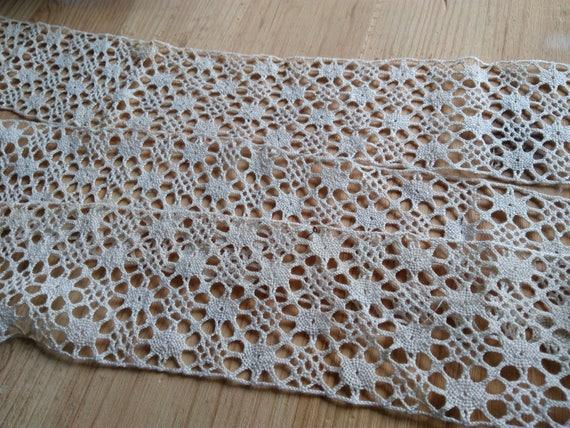 Large Bobbin Lace Antique French Beige Cotton Lace Sewing Project Collectible Fashion Costume Design #sophieladydeparis