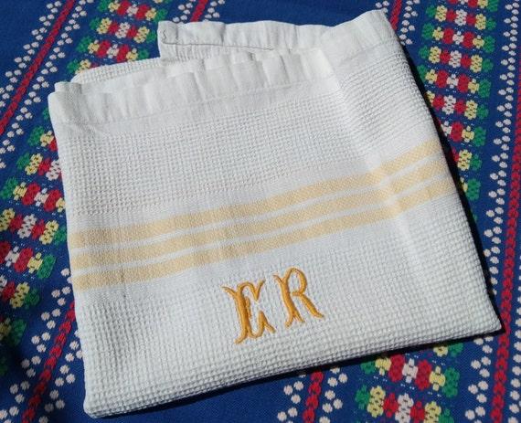 Antique Dish Cloth White French Towel 1930's Monogrammed Waffle Cotton with Yellow Stripes #sophieladydeparis