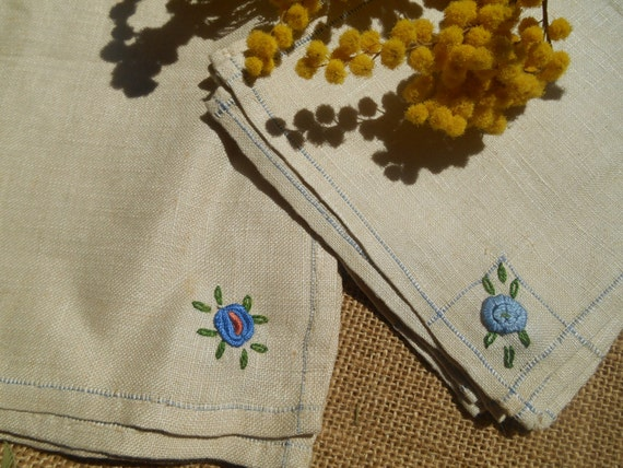 12 Napkins Victorian Off White Natural Linen Napkins Set French Hand Embroidered Unused #sophielaydeparis