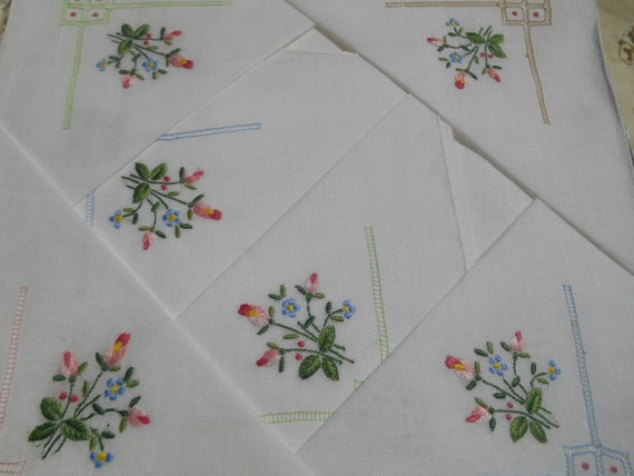 6 Roses Handkerchiefs Bouquet White Sheer Cotton Hankies Hand Rolled and Embroidered Unused In Box Bridal Handkerchiefs #sophieladydeparis