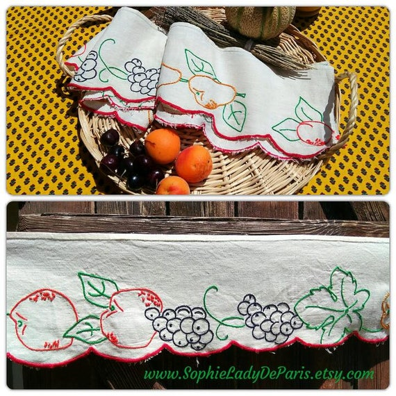 Vintage Shelf Edging Fruit French Linen Unused Café Curtain Home Decor Beige Linen Hand Embroidered Apricot Cherry Grape #sophieladydeparis