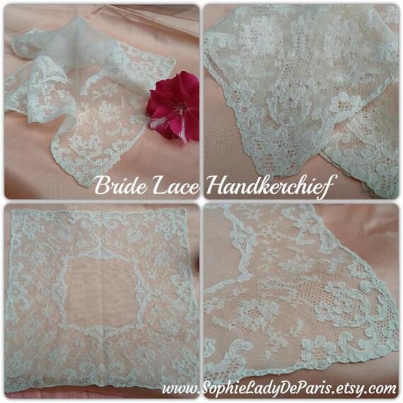 Bride handkerchief Vintage French Floral Net Lace Hanky Off White Color #sophieladydeparis