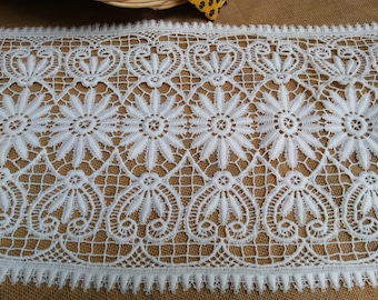Vintage Floral Lace French White Cotton Guipure or Runner Home Decor Sewing Project #sophieladydeparis