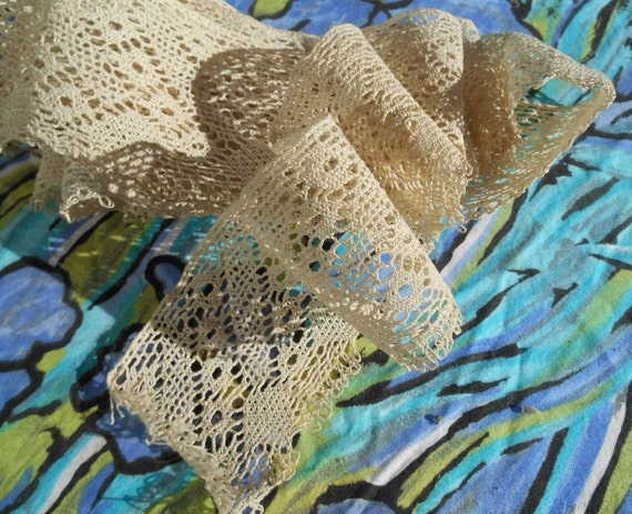 Bobbin Lace Lace Bobbin Large Antique French Bobbin Lace Braid Off White Cotton Lace French Haberdashery Sewing Home Decor #sophieladydeparis 63d684