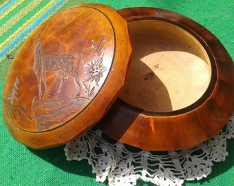 Chamois Wood Box 50's French Hand Turned & Carved French Folk Vintage French Alps Wood Box #sophieladydeparis