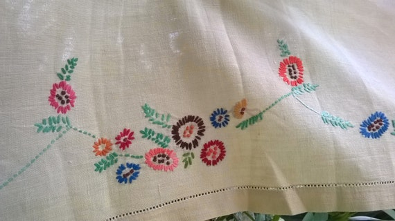 Long Yellow Curtain French Country Kitchen Valance Shelf Edging Flowers Hand Embroidered Long Home Decor Linen Runner #sophieladydeparis