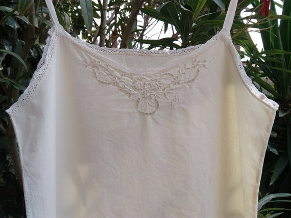 Victorian Dress Off White Metis Linen Dress Lace Trim Floral Cut Worked Monogram French Nightgown or Slip Medium #sophieladydeparis
