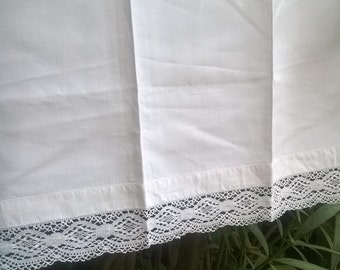 Victorian White Linen Curtain Lace Trimmed French Handmade Valance Panel Kitchen Curtain #sophieladydeparis