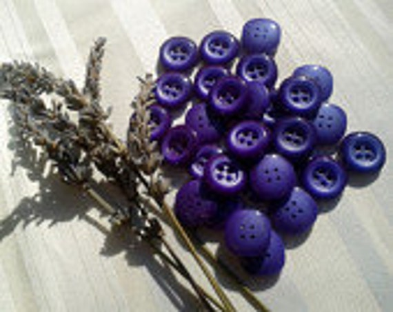 Lavender Purple Buttons Unused Gradient Purple Square Buttons  French Buttons Fashion Sewing Jewelry Assemblage #SophieLadyDeParis