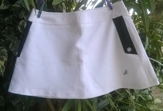 Vintage Avento Tennis Skirt White and Black Short Skirt Dutch Made Medium Size Tennis or Golf Player #sophieladydeparis