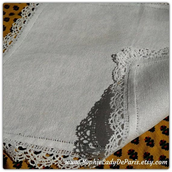 Doily White Antique Rectangle Crepe Fabric Lace Trim #sophieladydeparis