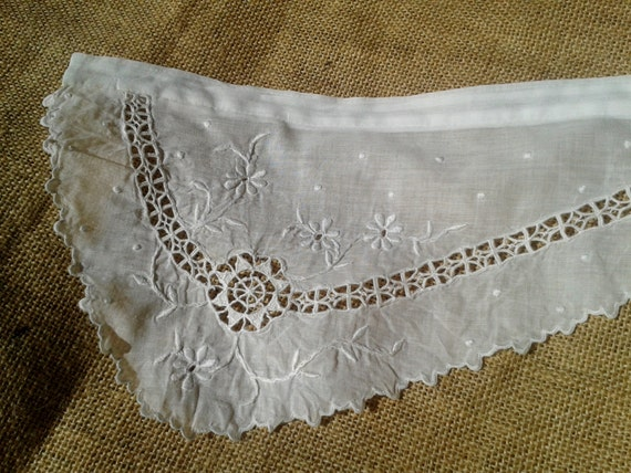 Victorian Lace Piece Hand Embroidered White Cotton Sewing Project #sophieladydeparis