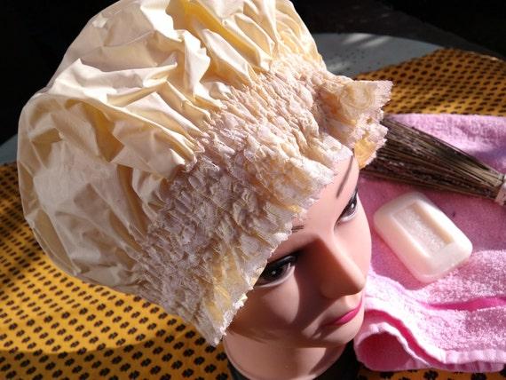 Vintage 60s Shower Cap Ruffled Yellow bouffant retro shower cap #sophieladydeparis