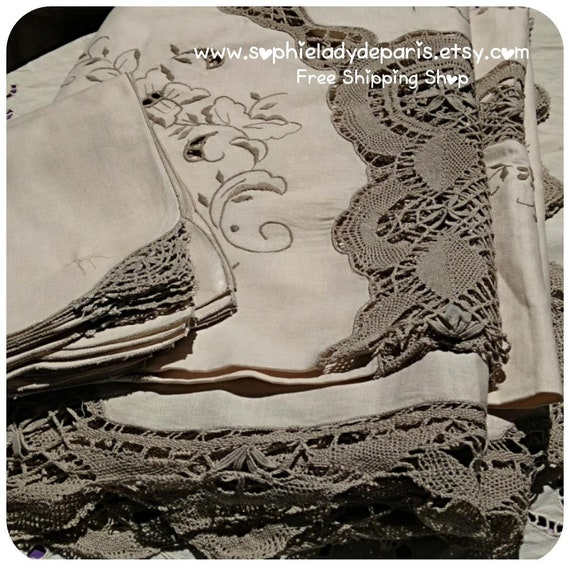 Long Madeira Lace Tablecloth & 12 Napkins Beige Cotton Floral Embroidered and Bobbin Gray Lace tablecloth #sophieladydeparis