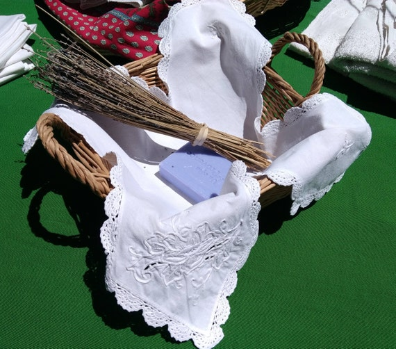 Antique Doily White French Linen Basket White Hand Crocheted Lace Trim Rose Cut Work Hand Embroidered Basket Napkin #sophieladydeparis