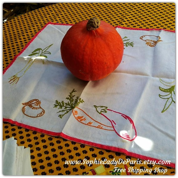 Vegetables Doily Antique French White Square Linen Red Trim Table Center Hand Embroidered Leek Carrot Garlic Eggplant  #sophieladydeparis