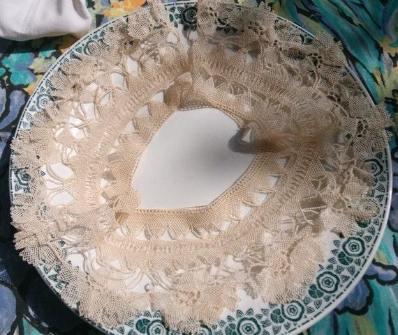 Bobbin Lace Collar  Victorian French Lace Applique Antique French Beige Cotton #sophieladydeparis