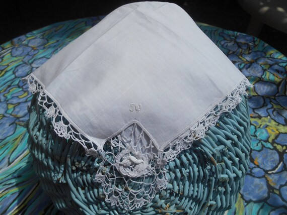 Rose Handkerchief White Lace Bridal Victorian Tissue French Long Lace Trim Monogrammed #sophieladydeparis