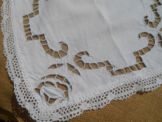 Victorian Roses Cutwork Table Center White French Linen Square Doily Handmade Lace Trim #sophieladydeparis