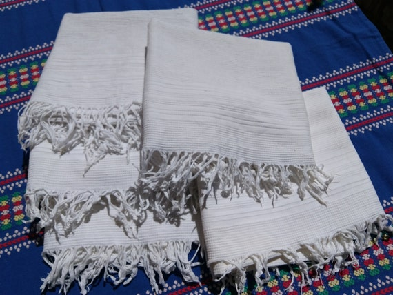 Antique Dish Cloth Plain White French Fringed 1930's Waffle Cotton Towel #sophieladydeparis
