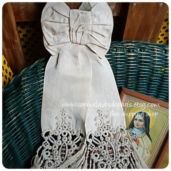 Antique Jabot Moire Silk Child Tie French Off White Embroidered and Fringed  Fashion Accessory Costume Clothing Movies #sophieladydeparis
