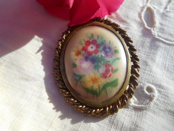 Bouquet Brooch Hand Painted French  Copper and Twisted Brass Framed Flowers Noun Daisy #sophieladydeparis