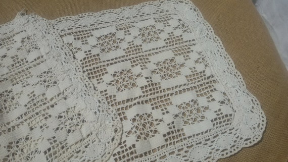 Victorian Off White Runner French Hand Crocheted Lace Table Center Handmade Cotton #sophieladydeparis