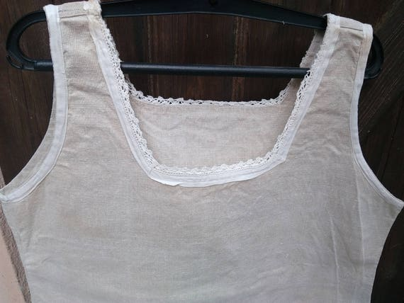 Victorian Rustic Farmer Linen Dress Antique Natural Linen Color White Lace Trim French Nightgown Medium Square Neckline  #sophieladydeparis