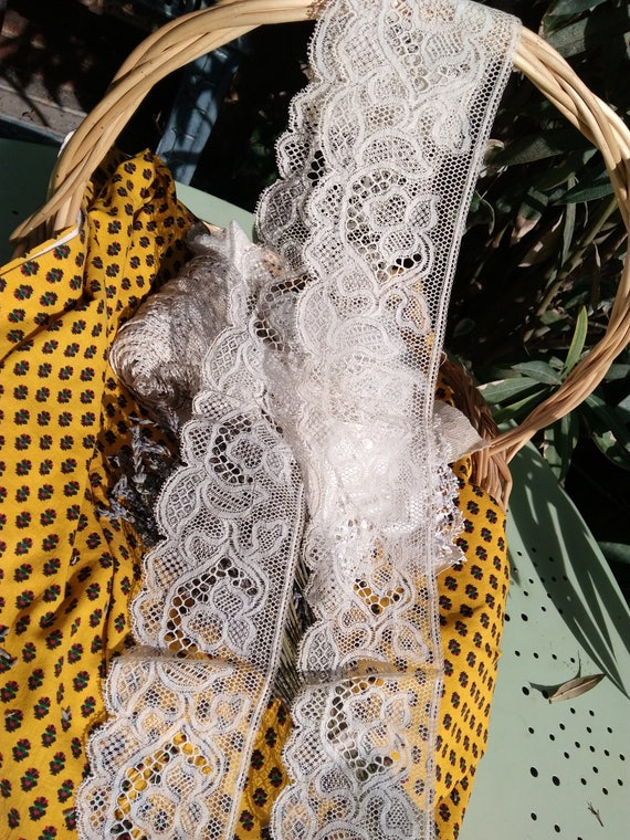 Large Lace Antique French Unused Floral Lace Off White Cotton Sewing Project Bridal Lace Collectible #sophieladydeparis