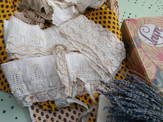 Victorian Eyelet Lace Lot White French Cotton Lace and Ribbon Haberdashery #sophieladydeparis