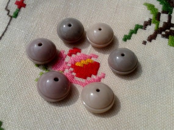 6 Porcelain Buttons Antique Victorian Whistle Collectible Buttons Beige Ceramic Button French 1800's Rare One Hole Button #sophieladydeparis