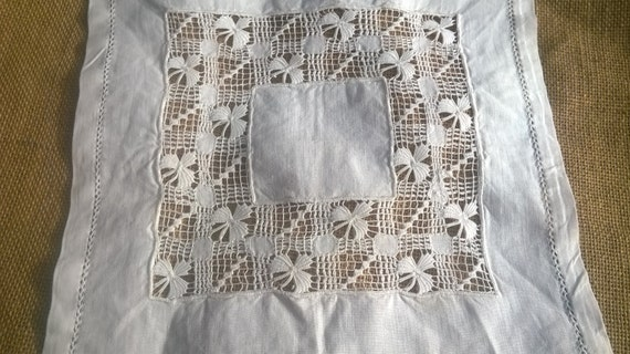 Small Doily Victorian White Linen Handmade French Cut Works #sophieladydeparis