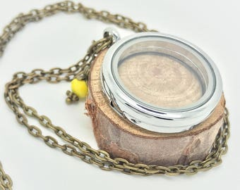30mm Floating Locket - Antique brass chain with yellow bangle