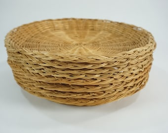 """Paper Plate Holders, Picnic Decor, Picnic Bamboo Plate Holders, 7 Vintage Wicker Basket Plate Supports, Lot 121,  10"""" Picnic, Free Ship"""