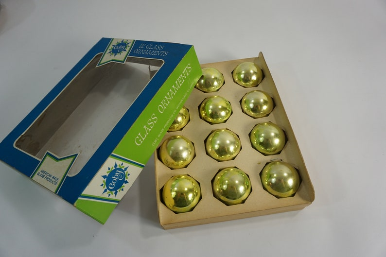 Vintage Coby Glass Christmas Ornaments 12 Lime Green Glass Ornaments Retro 1 3 4 Glass Balls Light Green Glass Balls Free Ship