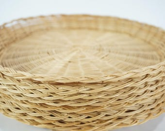 """Paper Plate Holders, Picnic Decor, Picnic Bamboo Plate Holders,  8 Mixed Set, Wicker Basket Plate Supports, Vintage Picnic, 9 7/8"""" Free Ship"""