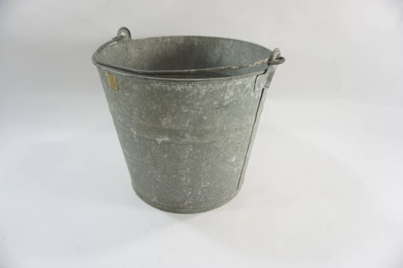 Galvanized Bucket, ROUND Metal Bucket W/ Handle, Garden Carry All, Storage  Bucket, Catch Bucket, Storage Pail, #10 Metal Pail, Free Ship From  Meghandrago On ...