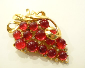 Gorgeous Art Deco Cherry Red Glass Cluster Brooch / Fur Clip