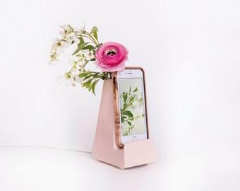 STAK Bloom Phone Vase, Pale Pink