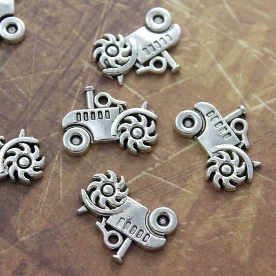 20 X CROWN SILVER TONE CHARMS 17MM X 14MM JEWELLERY MAKING CRAFTS