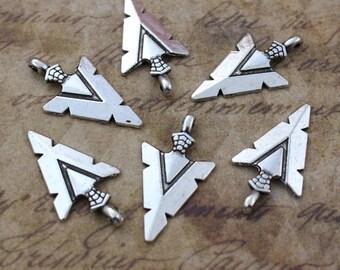 10 Arrow Head Charms Arrow Head Pendants Antiqued Silver Tone 15 x 25 mm
