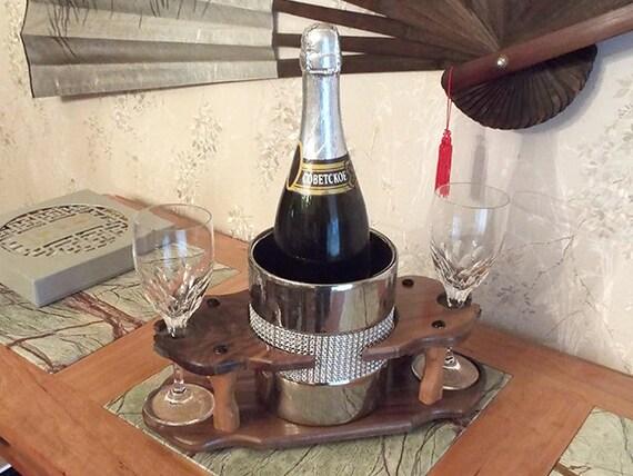 34 - Champagne Ice Bowl (1) Stemmed Glass (2 station) Full 750ml