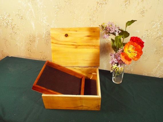 44. Jewelry Box