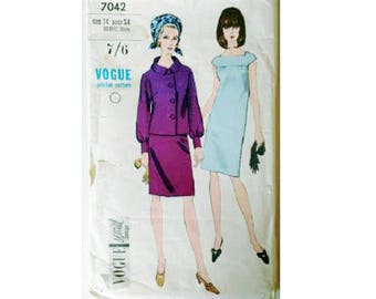 """Vogue Special Design 7042 Vintage 60's Square Neck Cap Sleeve Dress and Bell Sleeve Jacket Sewing Pattern UK 12 Bust 34"""""""