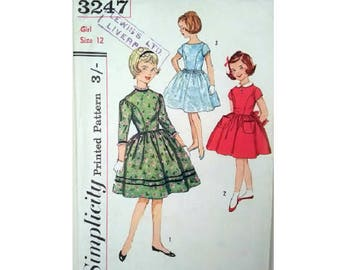 """Vintage 50's Simplicity 3247 Girls Fitted Bodice Full Skirt Party Holiday Flower Girl Bridesmaid Dress Sewing Pattern Age 12 Chest 30"""""""