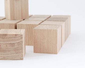 Oak wood cubes for DIY, construction or craft game, set of 16
